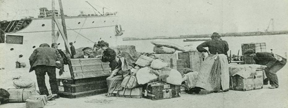Embarque de italianos para o Brasil, 1910 (Acervo do Museu da Imigração do Estado de São Paulo).