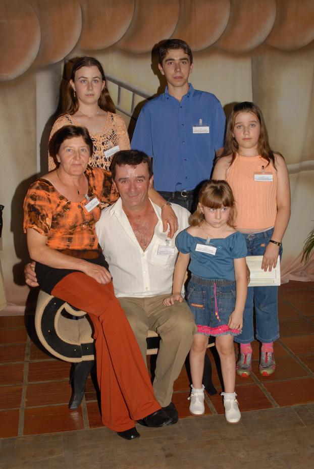 Elza Dametto e Hermindo Luís Massola, Júlia Marieli, Josiane Maria, Giovani Alex e Patrícia.