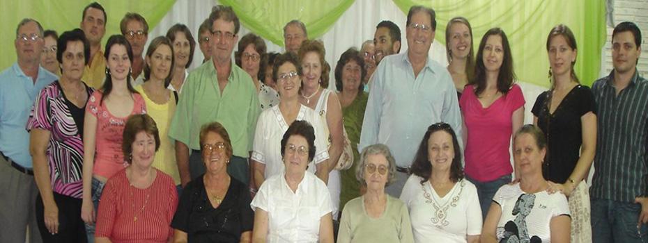 Membros das famílias Roberto e Victor Dametto.
