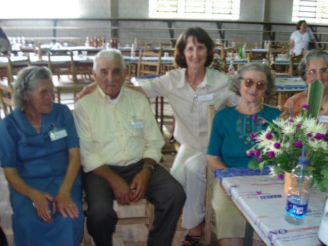 Tia Maria e tio Agostinho Parisotto, Eugênia Dametto, Carmelinda Parisotto Dametto e Maria Dametto Salton.