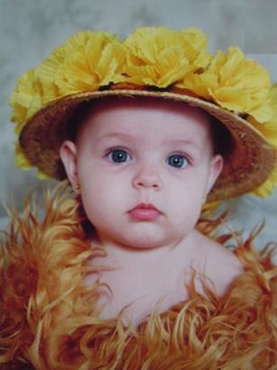 GIULIA KARINA Chiarelli (*05/05/2005), trineta, neta de Justina Dametto Meneghetti, filha de Lígia Karina Meneghetti e Geandro Chiarelli.