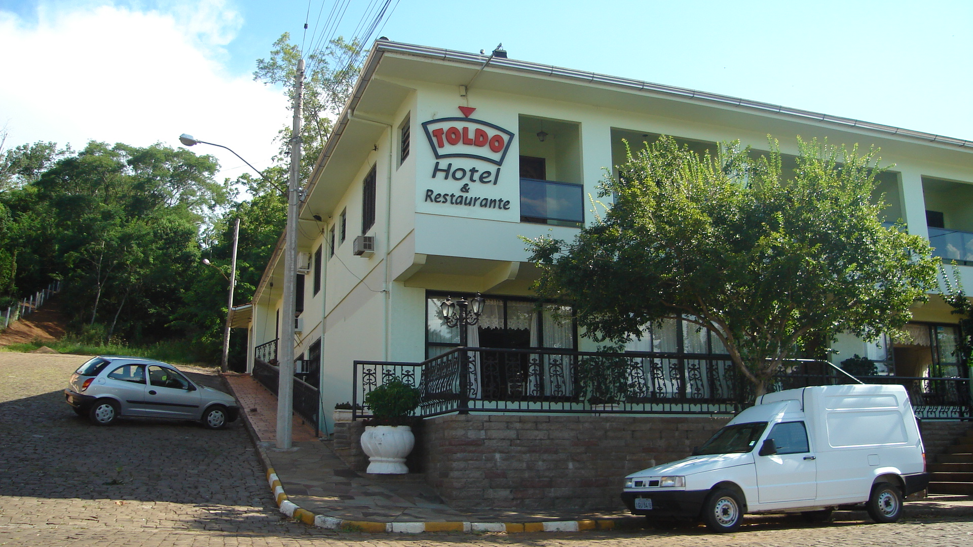 Hotel e Restaurante Toldo.