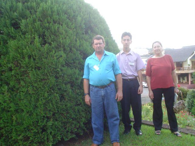 Mario, Marcelo e Elzira Dametto.