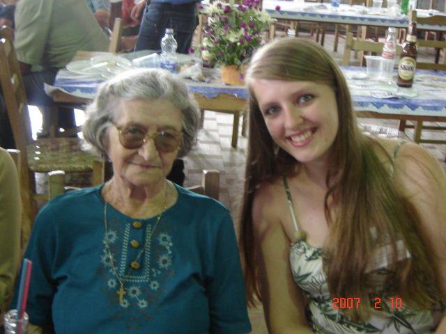 Carmelinda Parisotto Dametto e neta Clarice Roling.