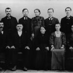 Família de Angelo Dametto e Luigia Angela Robazza. Em pé: José, Giosuè, Joanna, Vitorio e Valentim. Sentados: Ferdinando, Angelo (pai) e Luigia Angela (mãe), Magdalena e Cecília.