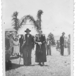 Última foto dos nonos José Dametto e Maria Simon juntos, em dia de festa na capela da Linha Quarta.