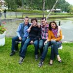 Clovis e Clemar Dametto com os filhos Luciano e Marcos em Garibaldi - RS.