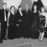 Mateus, Nair Favretto (mãe), Adriana, Sadi Divino (pai), Daniela e Márcia. Formatura de  Adriana em Ciências Contábeis.