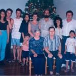 Corona e Danilo Dametto, sentados, com filhos, filha e netos: Edson e Maria, Clovis e Clemar com o filho Marcos, Ione e Gilberto, Marlene e Claudio com o filho Tiago Valentim.