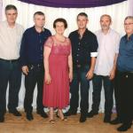 Maria Fontana Dametto, 80 anos, com os filhos Lorimar, Adalberto, Ernani, Sergio e Helio.