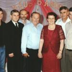 15 anos de Marina Dametto (filha de Helio e Lúcia Dametto): Ernani, Helio, Sergio, avós Elzírio Dametto e Maria Fontana Dametto, Lorimar e Adalberto.
