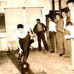 Ivo Chies jogando bolão no clube Juventus, de propriedade da família, em Caxias do Sul – RS.