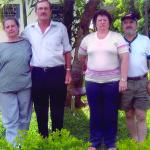 Casais Maria Terezinha Dametto e Pedro Roling, Justina Inês Dametto e Henio Luiz Meneghetti. Medianeira - Pr.