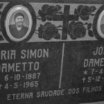 Lápide de Maria Simon e José Dametto na capela da Família Dametto – Cemitério da Linha Quarta, Anta Gorda – RS.