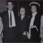 Suely Dametto com os pais Pedro e Dozolina e irmãs no dia de sua formatura em Medicina.