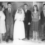 Roque Luiz Dametto e Amália Salton Dametto, com madrinhas e padrinhos de casamento, no dia 13/05/1967.