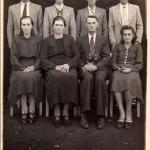Família de Valentim e Victoria. Atrás: Angelo Eugenio, Danilo, Gentil Armando e Eugenio. Na frente: Antonina, Victoria (mãe) e Valentim (pai), Nilda.