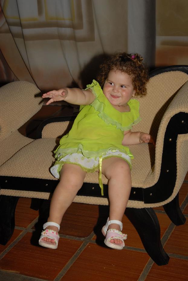 LÍVIA Dametto (*01/07/2004), trineta, filha de Luís Carlos Dametto e Roselaine Pasquetti Dametto.