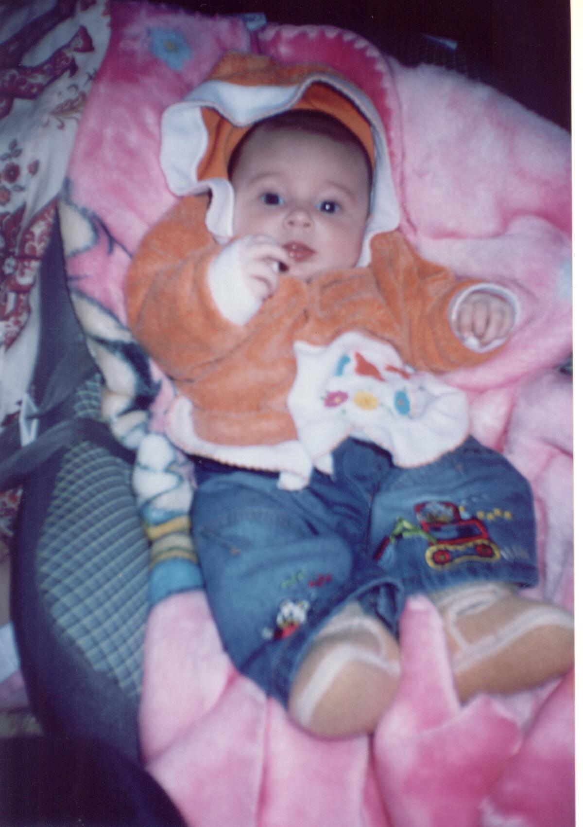 RENATA Andreolli Werner (*31/05/2005), trineta, neta de Ema Dametto Andreolli, filha de Dionara Pauline Andreolli e Lucinei Jorge Werner.