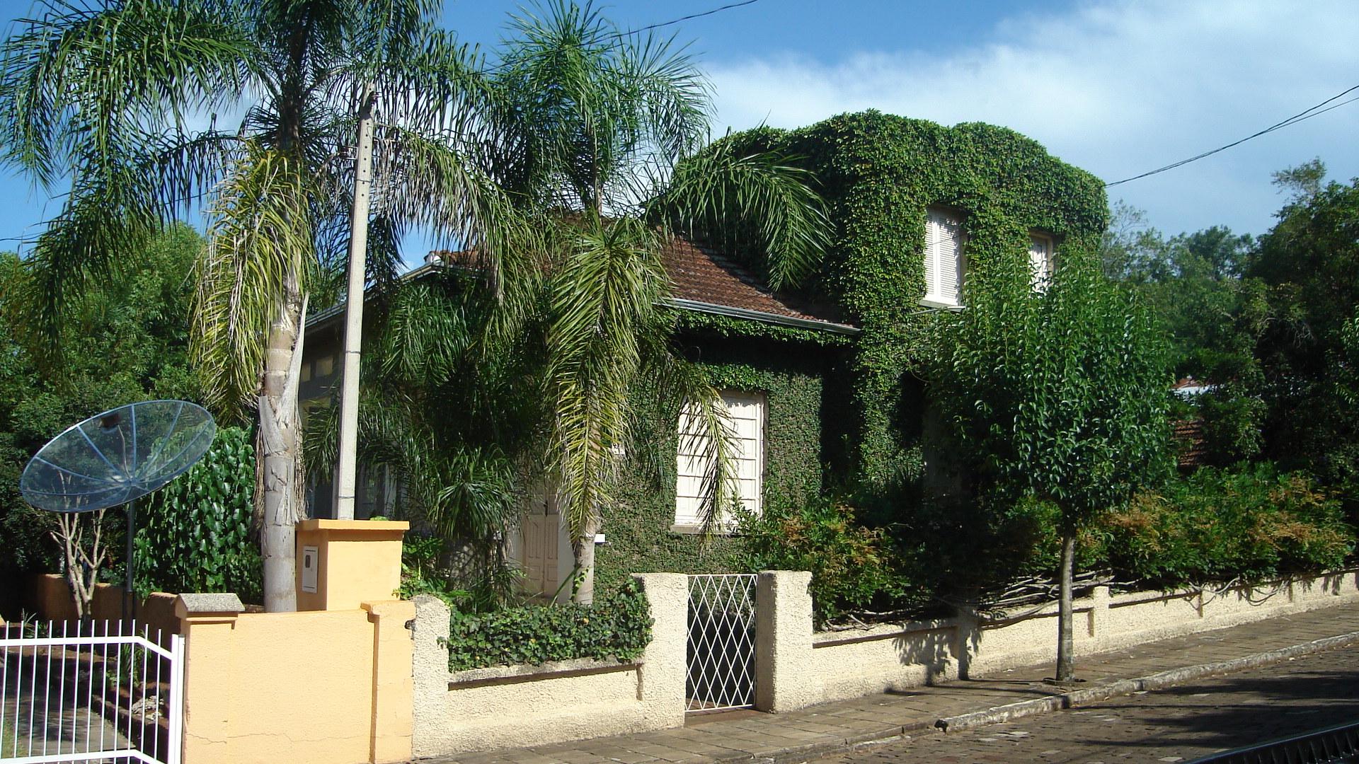 Casa de Arminho Miotto, primeiro prefeito de Anta Gorda, RS.