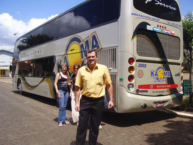 Desembarque do ônibus na Praça de Anta Gorda, RS.
