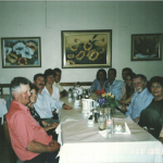 Encontro nas Bodas de Ouro de Adelino Dametto e Maria Santina Bertotto, em 17/10/2003. À esquerda: Delfino Cichelero, casal Deliza e Lírio Dametto, casal Tania Cichelero e Aldo Pardin. À direita: Teresinha Riedi Cichelero, casal Maria Santina Bertotto e Adelino Dametto, Carolina Severo Dametto, Marcelo Dametto, Rui Dametto e Sirlene de Oliveira.