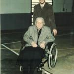 Angelina Simon (mãe de Lourdes Chies Steffani) e seu neto Rudimar Steffani.  (Angelina era irmã de Maria Simon, casada com José Dametto).