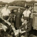 Atrás: Fioravante Bertotto, Assumpta Zanatta, Adelino Dametto e Felicita Riedi. Na frente: Maria Santina Bertotto e casal Idília e Mario Bertotto.