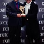 Cezar Dametto (à esquerda), recebendo o Prêmio Perfil, Tapejara - RS.