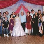 15 anos de Marina Dametto (filha de Helio e Lúcia Dametto), junto com os avós Elzírio Dametto e Maria Fontana Dametto, pais, tios e primos.