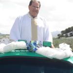 Pe. Miguel Carlos Dametto chegando à comemoração do seu Jubileu de Prata no dia 10/02/2007.