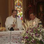 Pe. Miguel Carlos Dametto e vigário da paróquia de Anta Gorda - RS. Missa do Primeiro Encontro da Família Dametto.