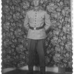 Roque Luiz Dametto, com uniforme de soldado do Exército.