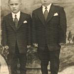 Gêmeos Irineu e Inácio Zaro, filhos de Sabina Dametto e Pedro Zaro. Primeira comunhão.