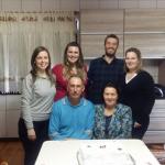 Família de Sadi Divino Dametto e Nair Favretto (sentados). Daniela, Adriana, Mateus e Márcia.
