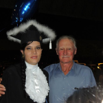 Samanta Molon, filha de Helena Dametto (falecida em 2004) e seu avô Hermínio Dametto.
