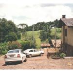 Visita de Fermina Zanatta e Artemio Mazaro à Linha São Silvestre, Tapejara – RS, em fevereiro de 2001.