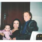 Fermina Zanatta com a nora Rosane (esposa de Vicente) e a bisneta Giulia (filha da neta Morgione Mazaro dos Santos).